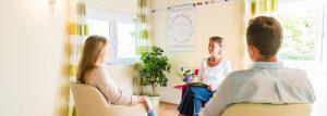 Paarberaterin Oinone Buschendorff-Schaar unterstützt Paare in der Krise, ihre Beziehung zu retten